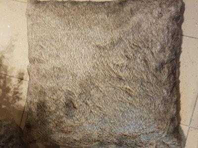 RIVERDALE KUSSEN COMFY bruin